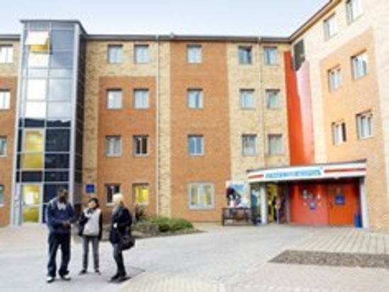 Medium_student-accommodation-unite-group-plc-st-peters-court
