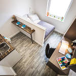Thumb_student-accommodation-crm-students-hatbox