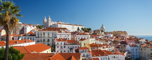 Student-accommodation-in-lisbon-pano